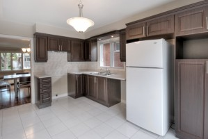 2360_rue_du_capitaine_bernier_MLS8389522_HID619101_ROOMcuisinekitchen