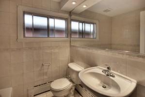 2360_rue_du_capitaine_bernier_MLS_HID619101_ROOMsalledebainsbathroom1